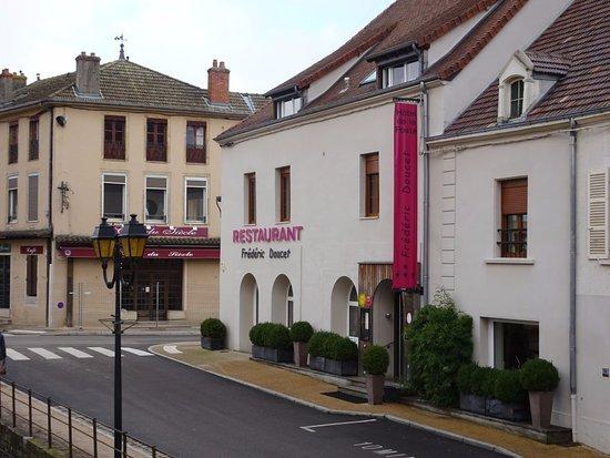 Charolles, ฝรั่งเศส: Vue de l'extérieur