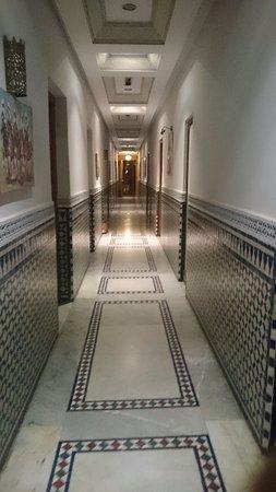 Transatlantique: ja, mange og lange korridorene men de er fine
