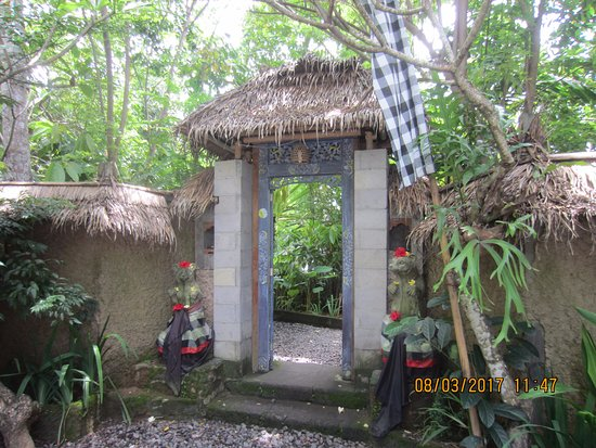 Lodtunduh, Indonesia: Entrance to the plantation