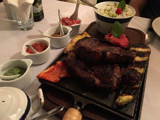 Photo of Italian Restaurant San Telmo Ubatuba at Antonio Carlos Ribeiro 75, Ubatuba 11680-000, Brazil