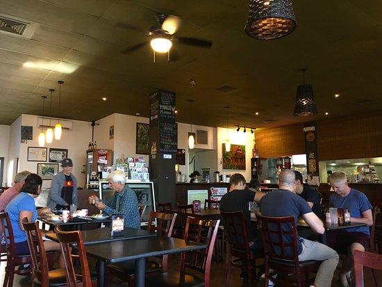 ピカズ カフェ, 店内の様子