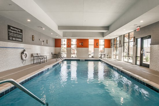 Indoor Pool - Picture of Hampton Inn & Suites Dallas - Central Expy ...