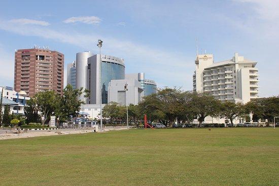 Labuan Square (Dataran Labuan): attractive buildings and Dorsett hotel