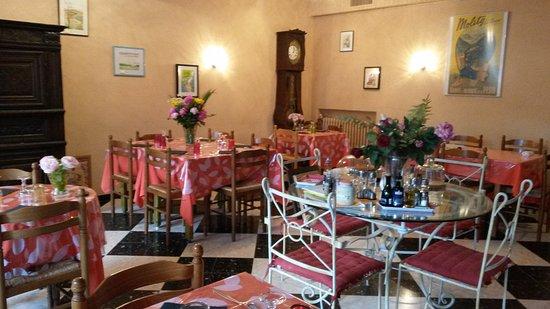 Molitg-les-Bains, Francia: salle de restaurant