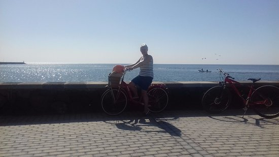 Arrecife, Spain: Great bikes form Goldy and a brilliant route to follow along the coast