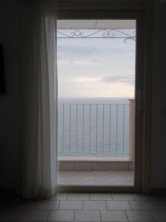 B&B Al Pesce d'Oro : Junior suite con balcone vista mare