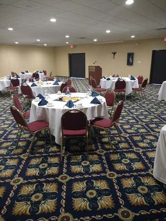 Ramada Watertown: Ball room