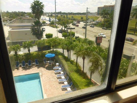 Zdjęcie Comfort Suites Miami / Kendall