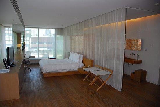 โรงแรมเดอะออปโพสิท เฮาส์ ภาพถ่าย