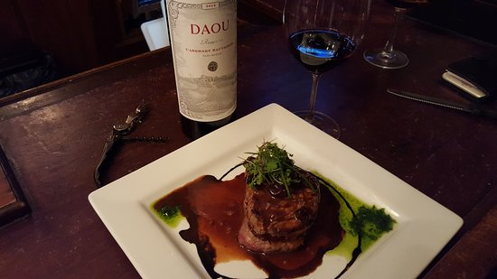 เทรนตัน, มิชิแกน: When you have a French chef, great things can happen. Tenderloin Traverse with Daou Reserve Cabe