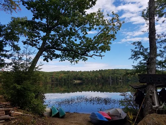 Pittsfield, NH: Perfect for Canoeing, Fishing, Paddleboarding and more
