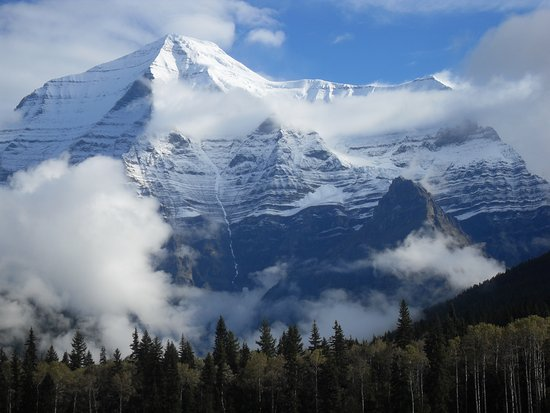 British Columbia Visitor Centre @ Mt Robson: Mount Robson