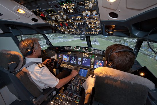 Flight Experience London - Flight Simulator