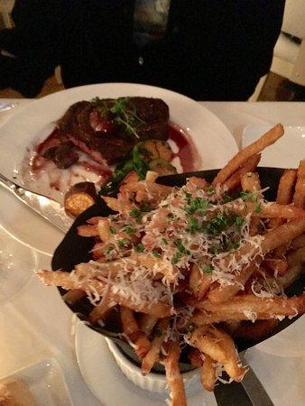 Sorellina: Yummy truffle fries