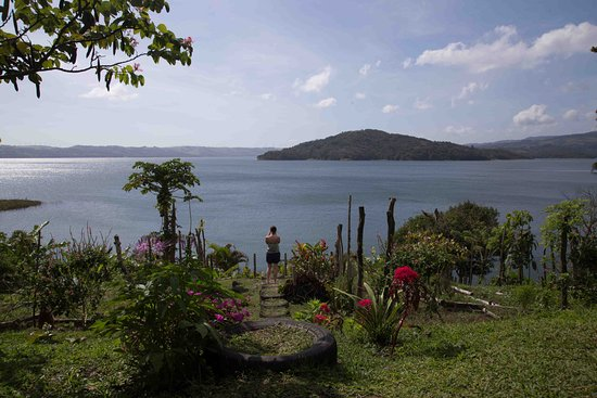 Nuevo Arenal, Costa Rica: View from the restaurant's terrace