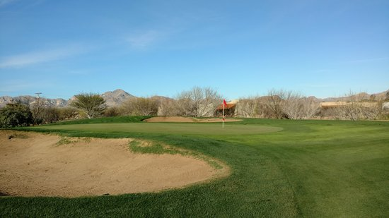 Tubac Golf Resort & Spa: The green on Anza hole 1