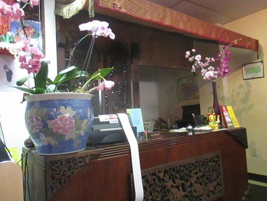 Columbia Heights, MN: Front desk