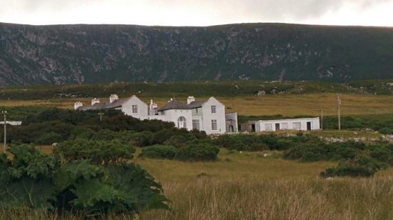 Achill Island, İrlanda: Captain Boycott's house. Yes, the man who became a noun and a verb.