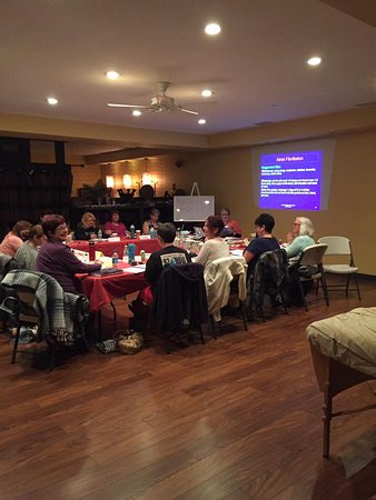 Ottawa, IL: Sitting down seminars for up to 40! Perfect for Workshops too!