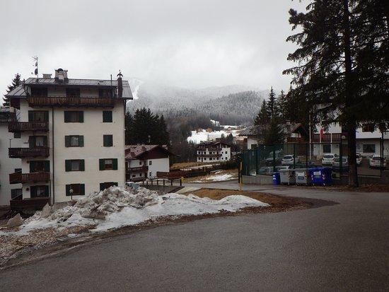 Boutique Hotel Villa Blu Cortina: View from Villa Blu