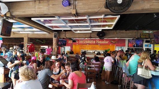 Jimmy Buffett's Margaritaville: Bar