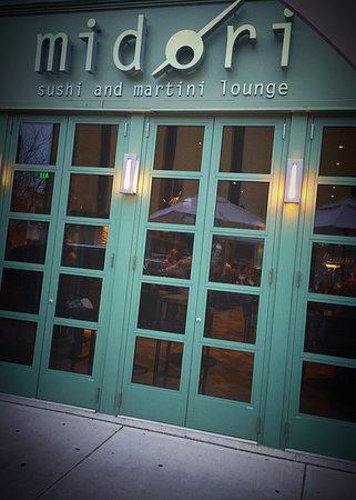Midori Sushi and Martini Lounge: Midori Sushi & Martini Lounge
