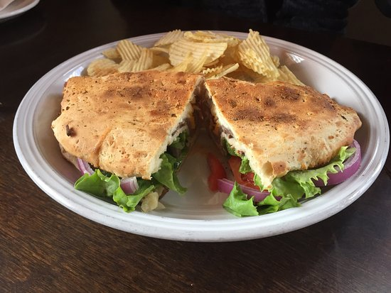 Alpine, TX: Spinach-artichoke soup with ham and cream cheese sandwich, minestrone soup with spinach salad an
