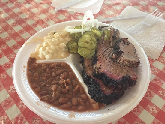 Pecos, TX: Brisket is moist, tender and flavorful.