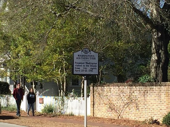 New Bern, NC: Sign - President Washington visited the Stanly home