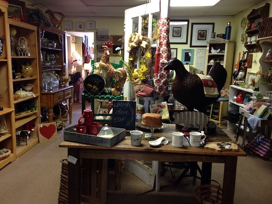 Landrum, SC: A must and shop. This gift shop is a find!