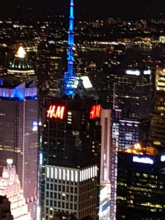 H&m - Picture of Empire State Building, New York City ...