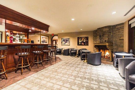 Grenville-sur-la-Rouge, Canadá: Bar