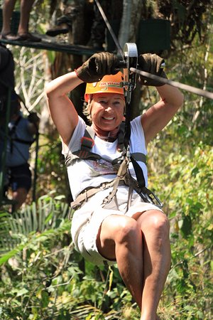 Los Veranos Canopy Tour: Having a great time