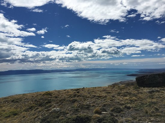 EOLO - Patagonia's Spirit - Relais & Chateaux: A hike to the top of the hill behind the Lodge. Don't miss it!!!
