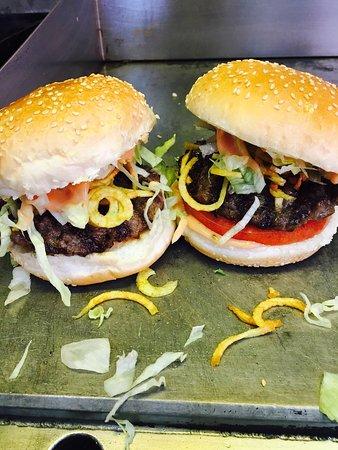 Egg&Burger Diner Tesvikiye: Müthiş Lezzetli Burgerlerin Olduğu Bir Mekan. Denemeyen Kalmasın Bence 👍
