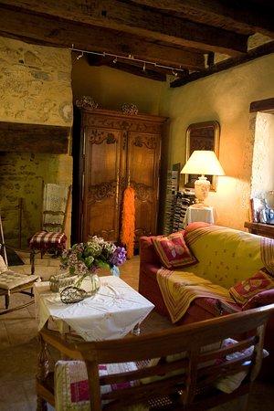 Castels, Франция: C'est dans cette salle que vous prendrez votre petit déjeuner.