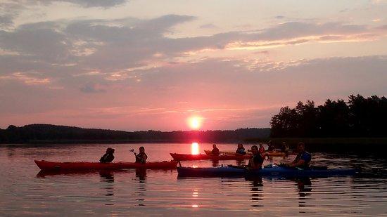 Trakai, Litauen: Sunrise paddle.