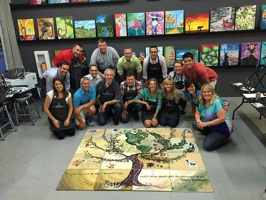 Apex, Carolina do Norte: Team Building at Wine & Design!