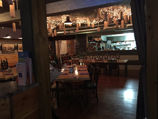 East Rochester, NY: The pizza oven and dining area