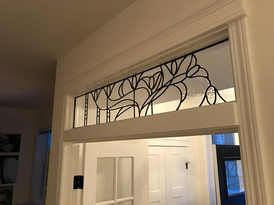 Bragg Creek, Καναδάς: Custom leaded glass transom from SunCatchers Design