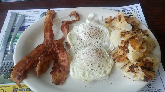 Downingtown, Pensilvania: Bacon, Egg and Taters!