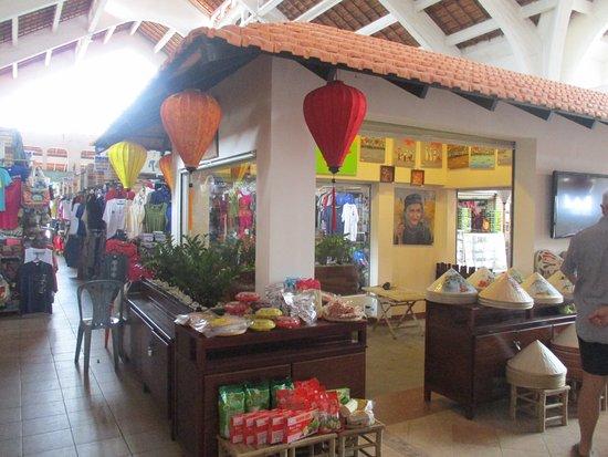 Hai Ba Trung Street