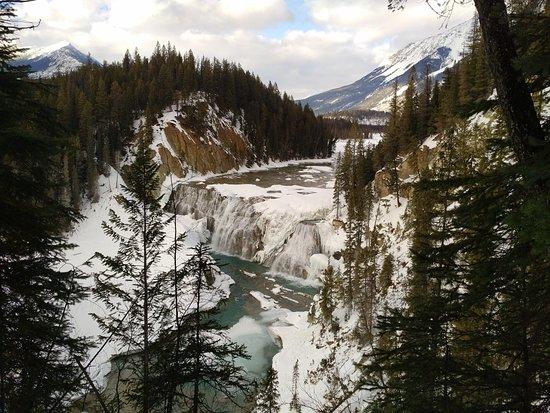 Голден, Канада: The Beautiful Wapta Water falls