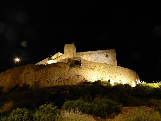 Alcaudete, Spanyol: Faldas del castillo