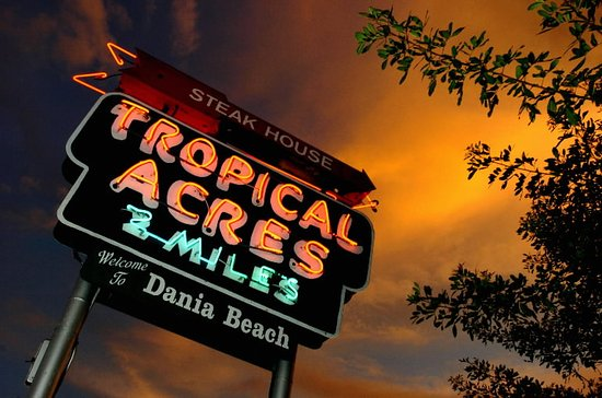 Tropical Acres Restaurant: Iconic Sign