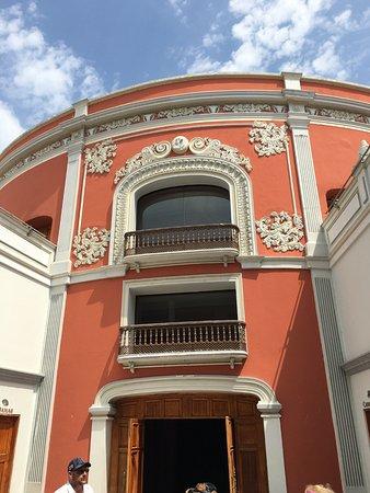 Vista Tours Day Tours: Mazatlan Opera House!