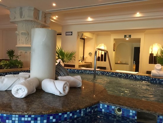 The Royal Playa Del Carmen Womens Spa Which Is Free To Use Even Without A