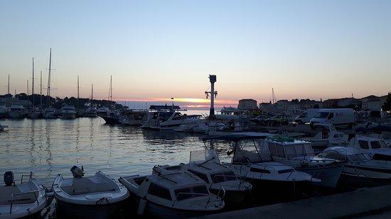 Hotel Laguna Mediteran: 20160804_202858_large.jpg