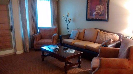 Wyndham La Cascada: Living Room