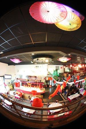 Mantes-la-Jolie, ฝรั่งเศส: Salle restaurant vus de la mézanine